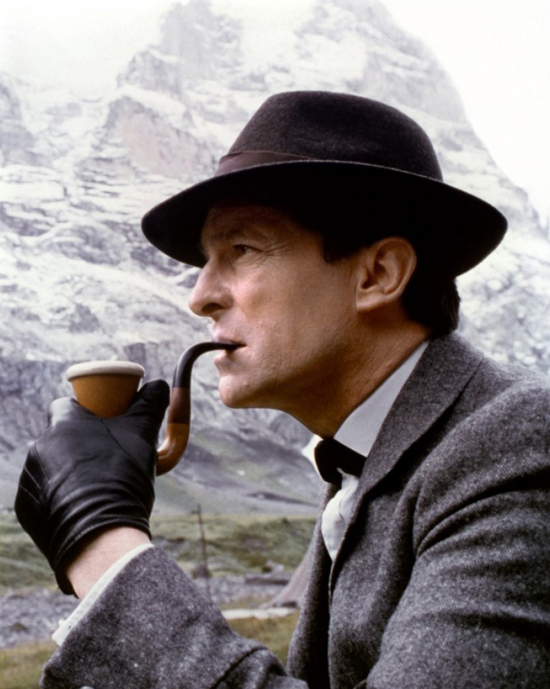 honey-kennedy-adventures-of-sherlock-holmes-jeremy-brett-pipe