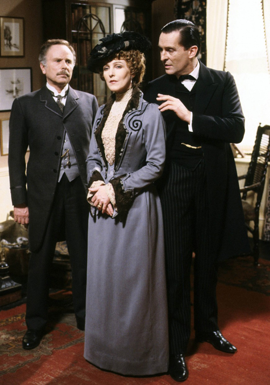honey-kennedy-adventures-of-sherlock-holmes-stain