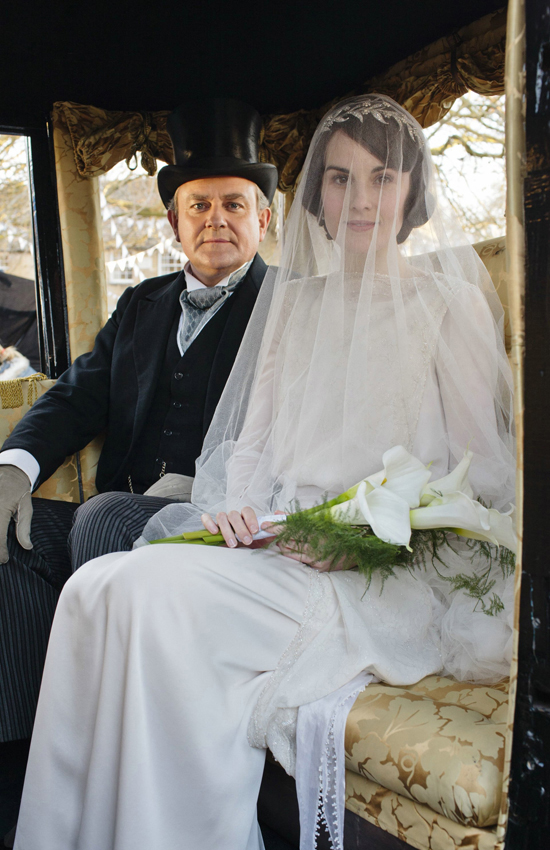 honey-kennedy-downton-abbey-wedding-06