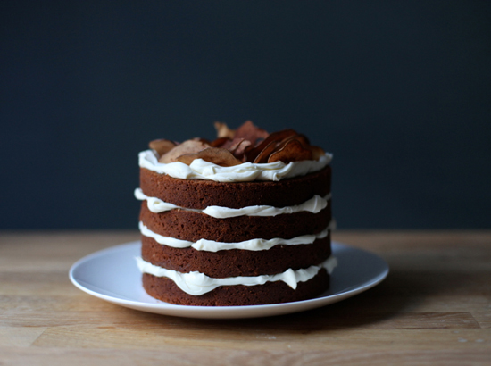honey-kennedy-poires-au-chocolat-apple-layer-cake