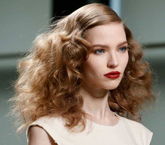 honey-kennedy-bottega-veneta-rtw-fw2013-hair-makeup