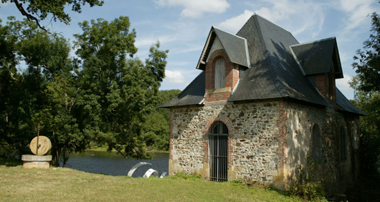 honey-kennedy-domaine-de-boisbuchet-art-center-08