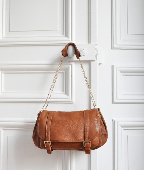 honey-kennedy-sezane-handbag