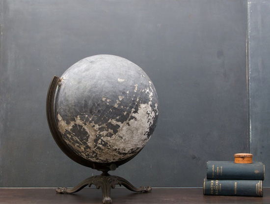 honey-kennedy-victorian-black-globe