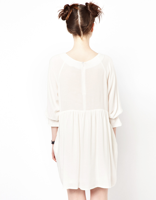 honey-kennedy-white-smock-dress-back