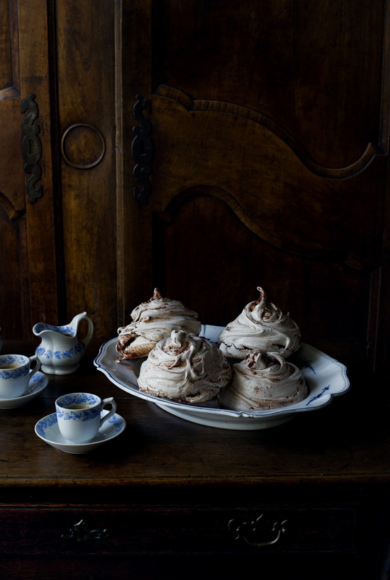 honey-kennedy-mimi-thorisson-manger-chocolate-meringue