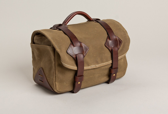 honey-kennedy-tanner-goods-pdx-camera-bag