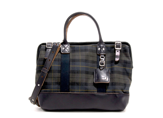 honey-kennedy-billykirk-dark-plaid-carryall