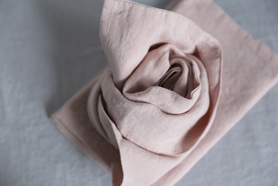 honey-kennedy-alder-and-co-linen-pillowcases-blush