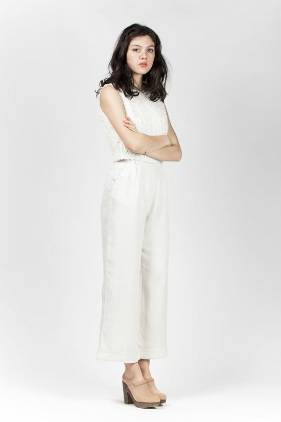 honey-kennedy-kick-pleat-samuji-scott-trouser-ecru-04