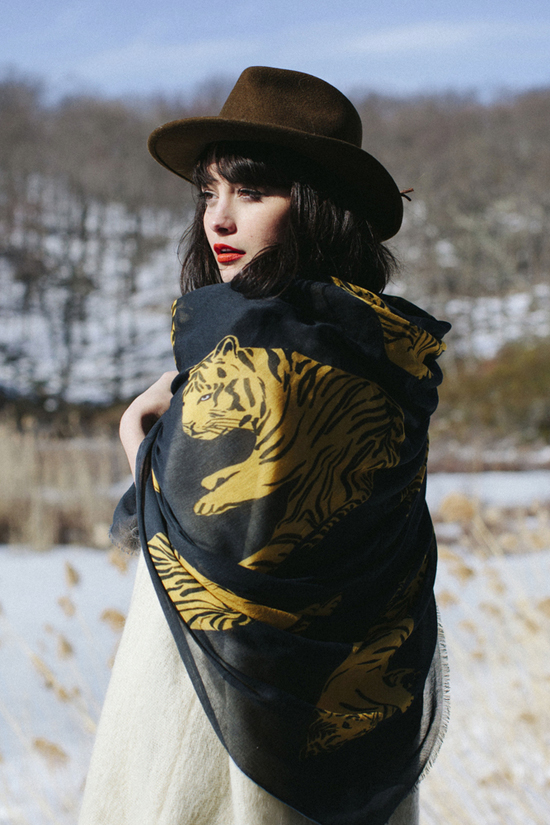 honey-kennedy-leah-reena-goren-fall-2014-scarves-05