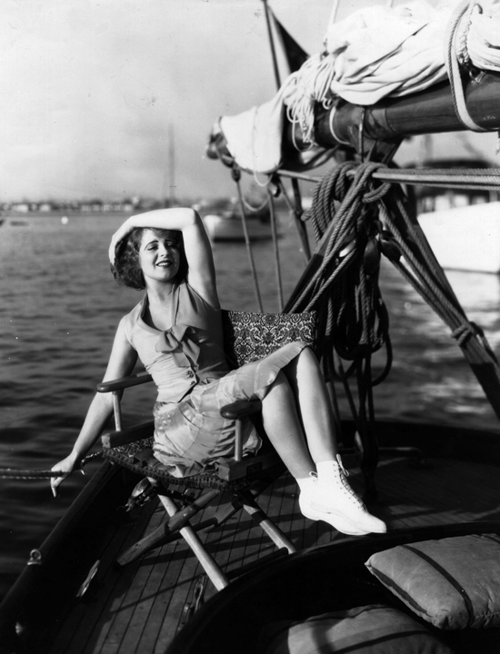 honey-kennedy-clara-bow-01