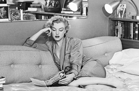 honey-kennedy-marilyn-monroe-reading