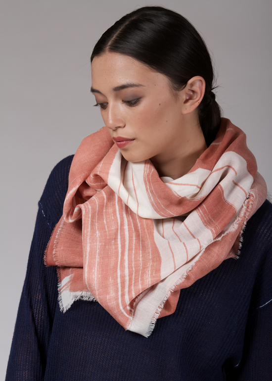 honey-kennedy-coulee-scarves-fall-2014-04