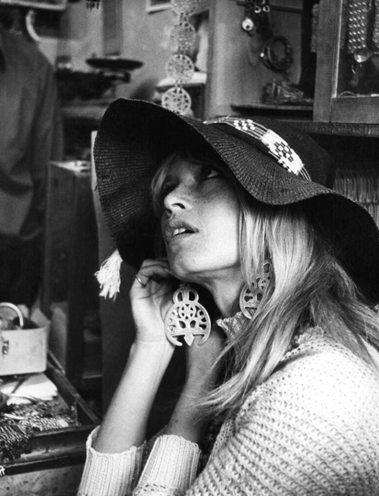 honey-kennedy-brigitte-bardot-best-earrings-ever