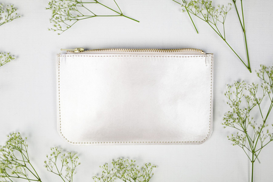 honey-kennedy-halo-silver-leather-clutch-14