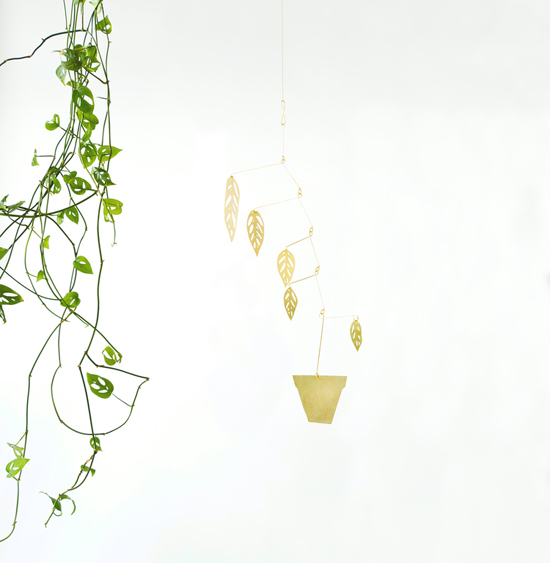 honey-kennedy-brass-plant-mobile-giveaway-natalie-joy-02
