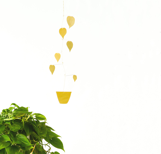 honey-kennedy-brass-plant-mobile-giveaway-natalie-joy-04