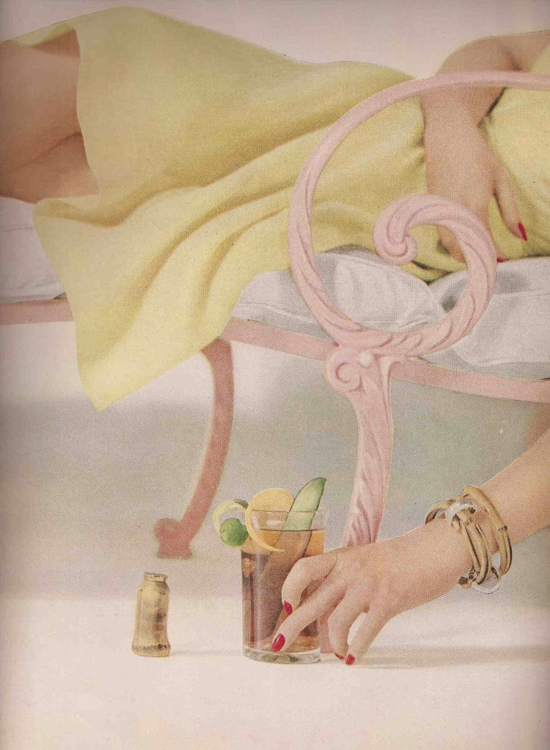 honey-kennedy-vogue-1950-04