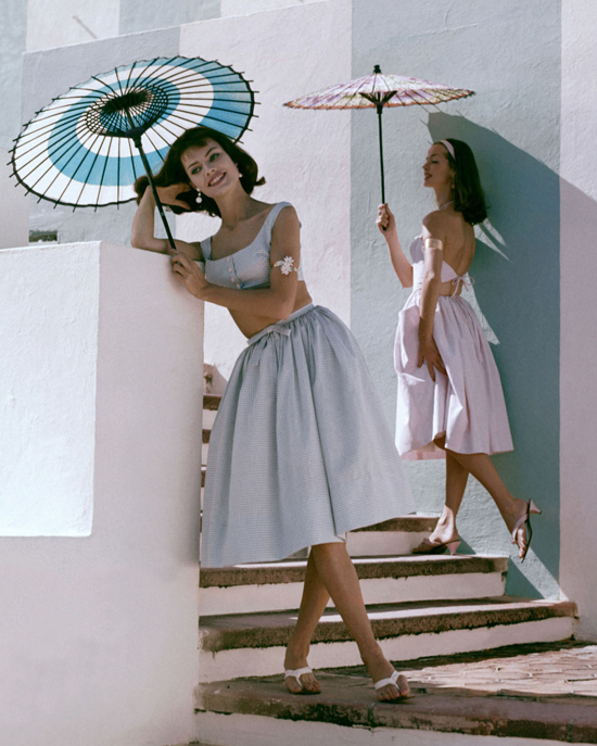 honey-kennedy-junior-sophisticates-and-sportwhirl-sandals-by-bernardo-glamour-in-april-1960-boca-raton-florida