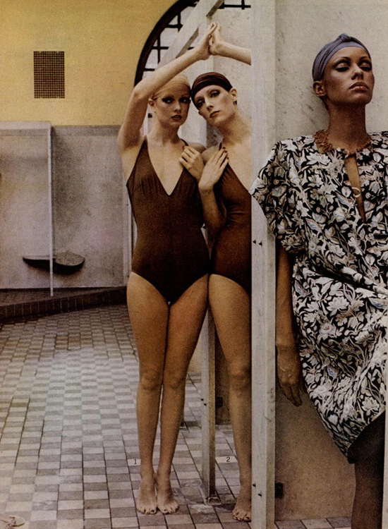 honey-kennedy-deborah-turbeville-bath-house-01