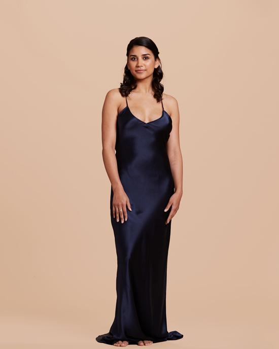 honey-kennedy-janes-vanity-perimnova-navy-silk-gown-11