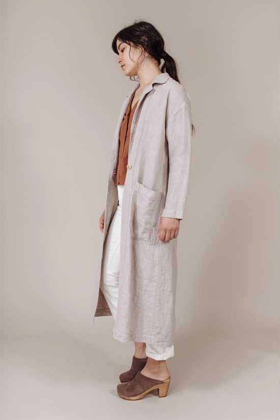 honey-kennedy-esby-baronne-linen-duster-04
