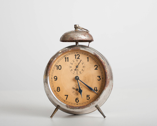 honey-kennedy-the-things-that-were-vintage-alarm-clock-17