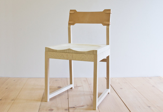 honey-kennedy-wren-and-cooper-tab-dining-chair-oak-leather-back-10