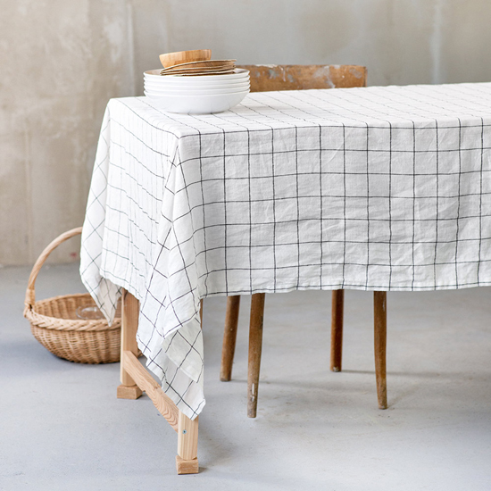 honey-kennedy-not-perfect-linens-checked-tablecloth-11
