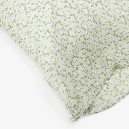 honey-kennedy-lovely-things-09-04-kerry-cassill-mint-ash-abc-home