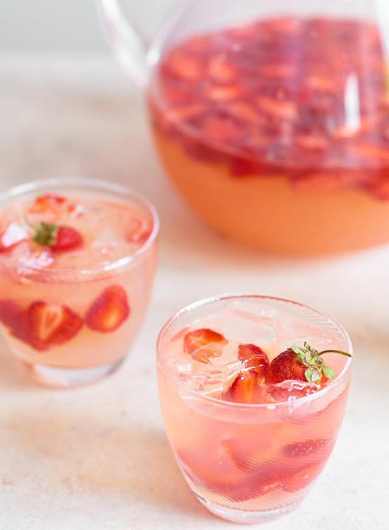 honey-kennedy-summer-drinks-kitchn-spiked-strawberry-lemonade