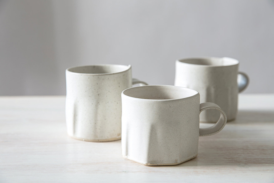 honey-kennedy-free-folding-handmade-ceramics-15