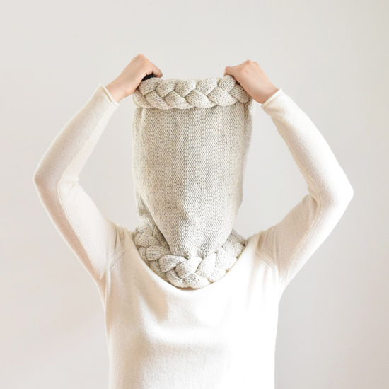 honey-kennedy-irismint-handmade-knitwear-06