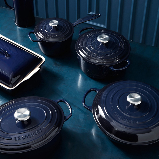 honey-kennedy-le-creuset-stars-cosmos-01